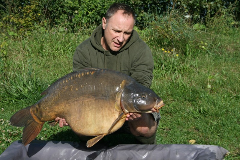 Andy Clarke with Starburst @37lb fromAlcatraz Sept 2011