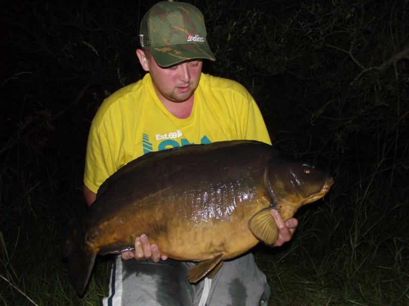 Dan in Big girls, caught on home made bait, new pb @ 47.12