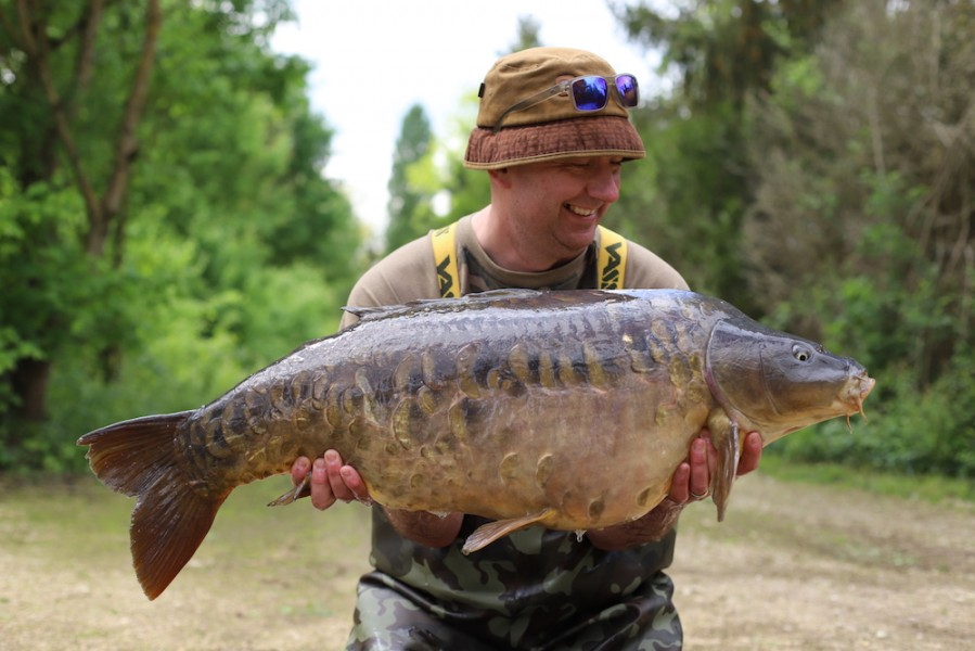 Wayne beadle Chop Dorsal 43lb Co's Point 28.4.18