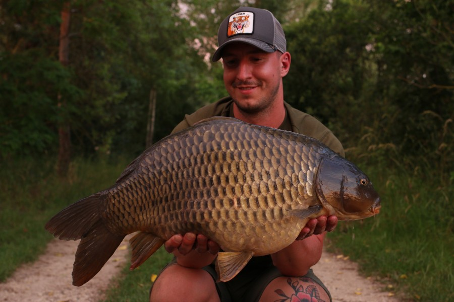 Maikel Meert with Kemball at 24lb from Big girls 15.06.2019