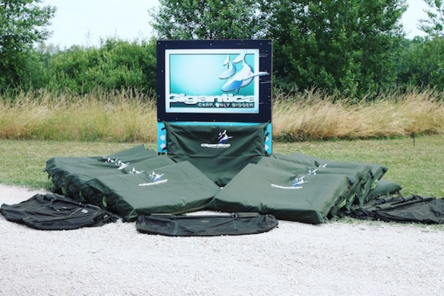Our big unhooking mats are perfect for the Gigantica monsters. Please leave yours at home.