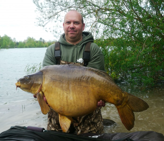 Scott with a lovely 40lb+ mirror