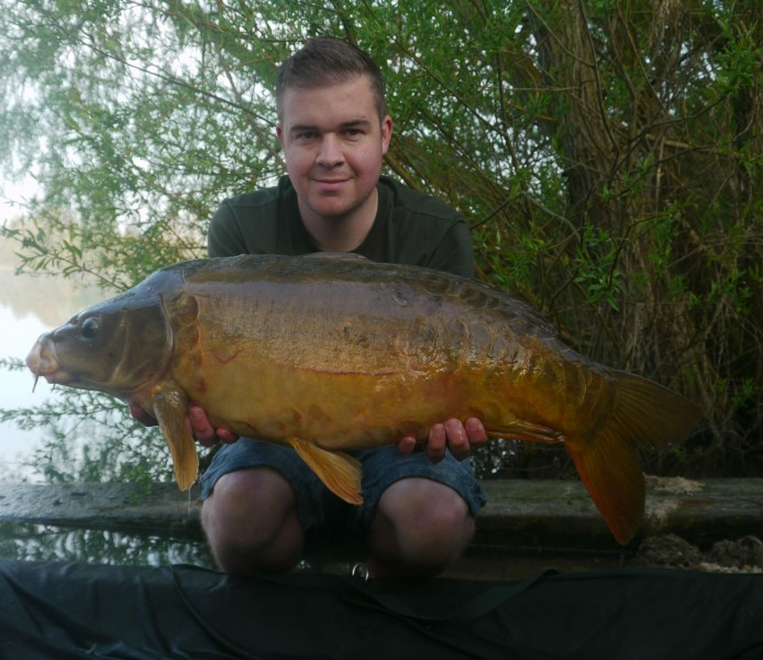 Mike with an 18ft zig caught mirror