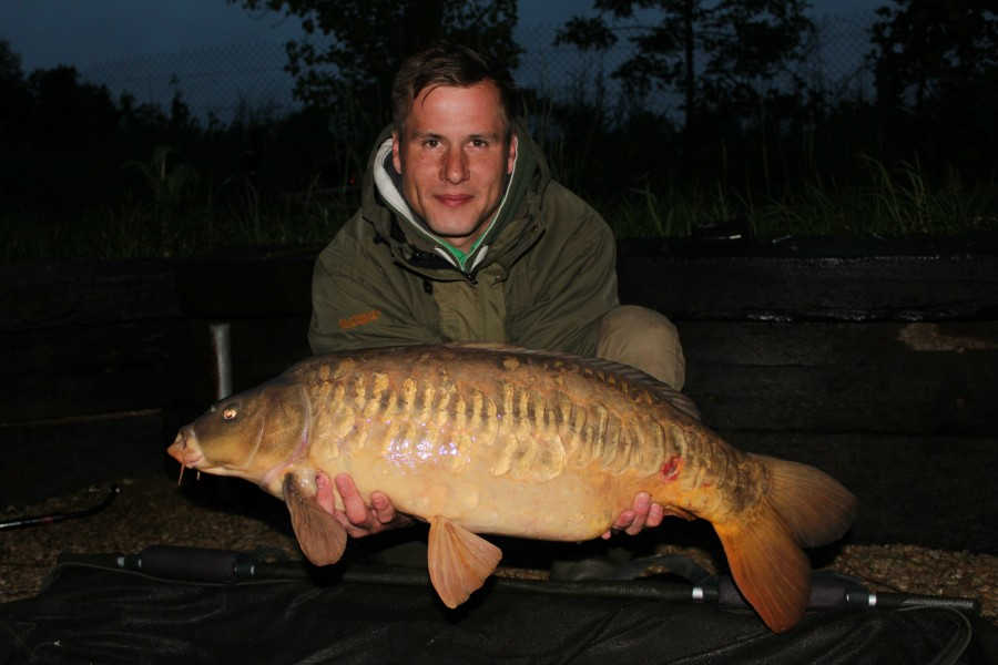 Dave with a 17ft zig caught mirror