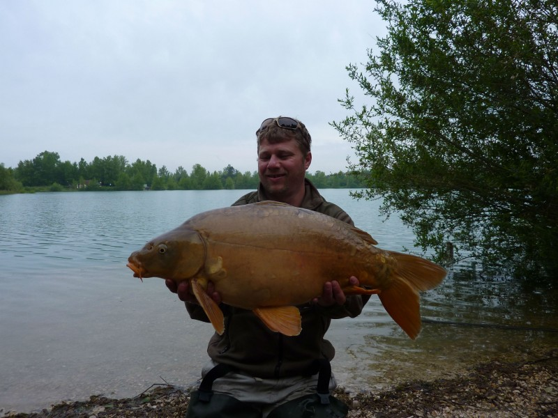 Matt with an 18lb mirror