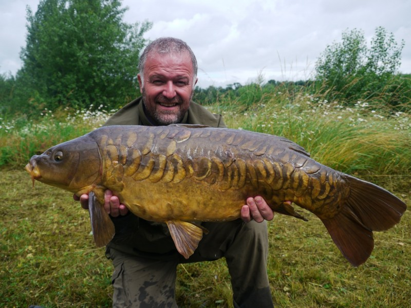 Barty's Linear 22lb, stock pond