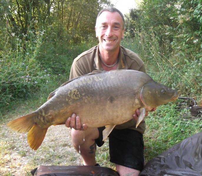 "Russ with ""broady's mirror"" 30.10lb, The Tree Line July 2013"