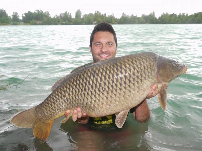 Smoky with a 37.10lb common