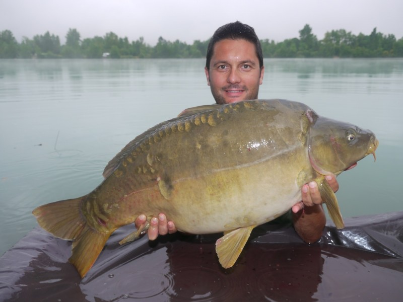 Smoky with a 37.08lb mirror