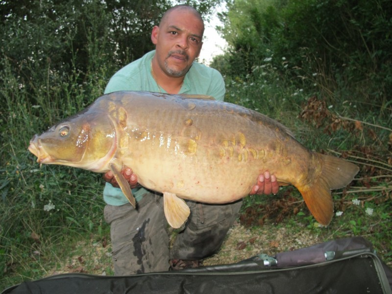 Smiffy with a 36.08lb mirror