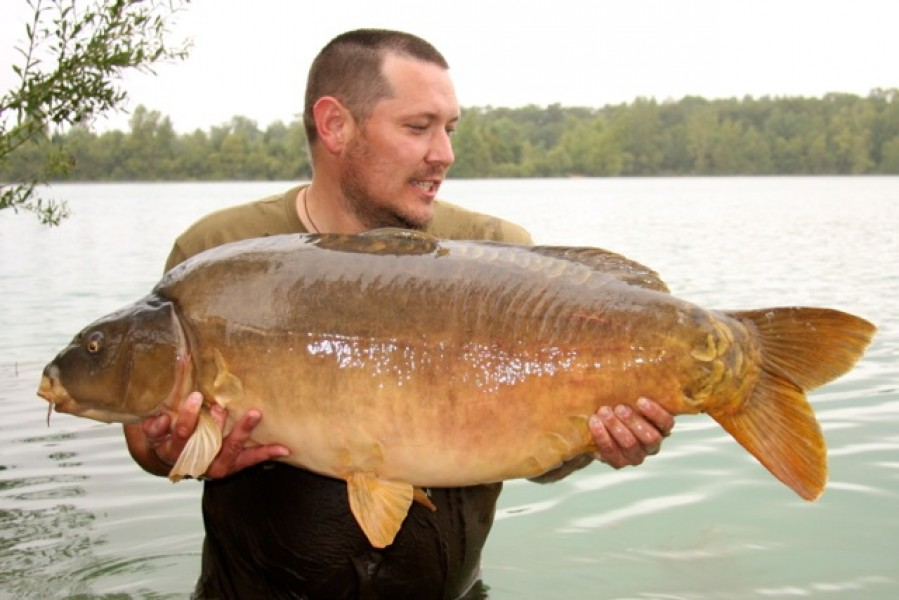 Garth with Pips at 51lb from Pole Position in August 2013