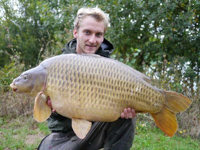 Tom with Lippy Common 43.06lb Alcatraz September 2013
