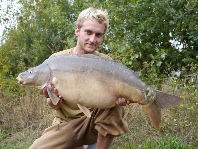 Tom with a 36.12lb mirror