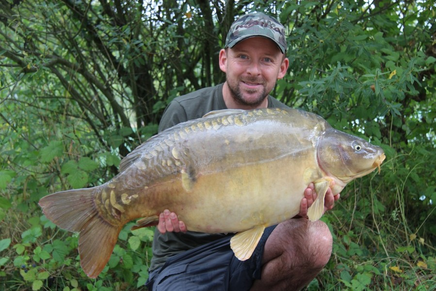 Damian with the face 36.12lb Co's September 2013