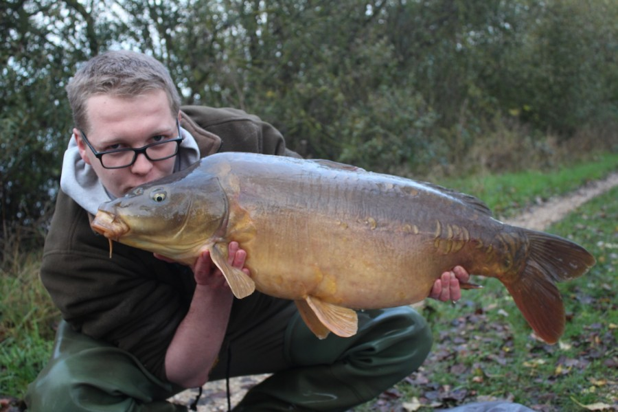 he was well chuffed to get his first Gigantica Carp!