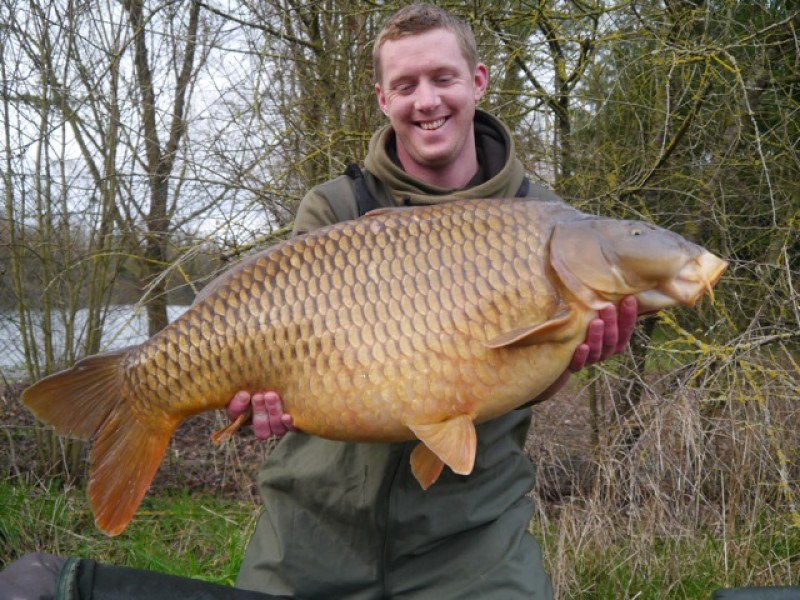 Andy sparrow with his new PB all 38 lb of it.