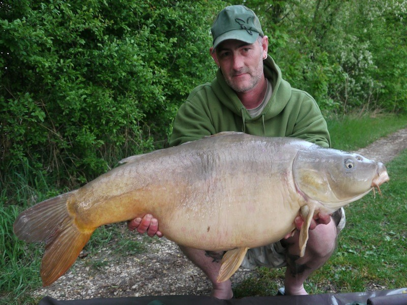 Mark with a 39lb mirror
