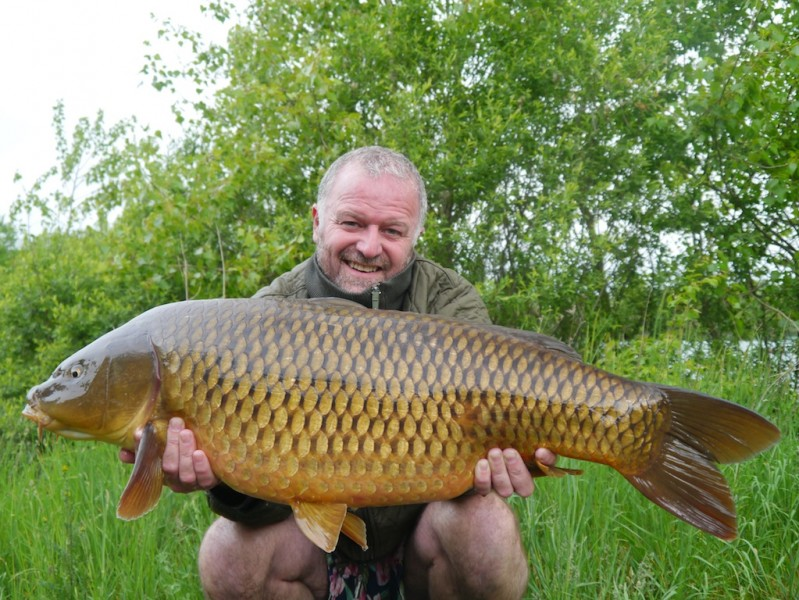 Barty with a mint 32lb common