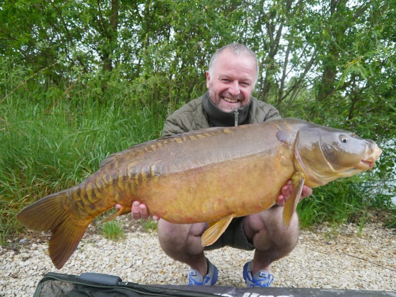 Barty with a 27.14lb mirror