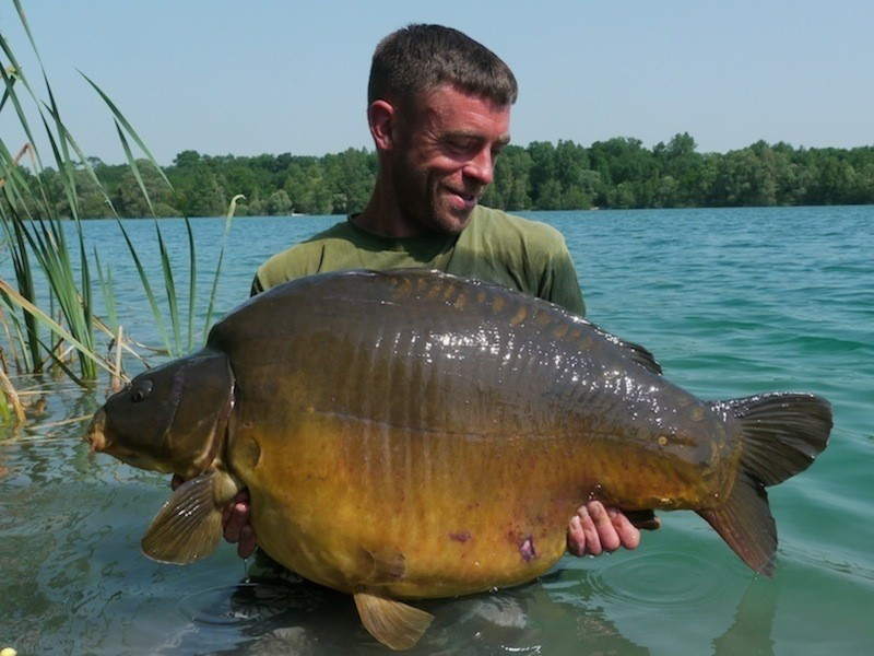Mike with a Unknown 48.14lb mirror