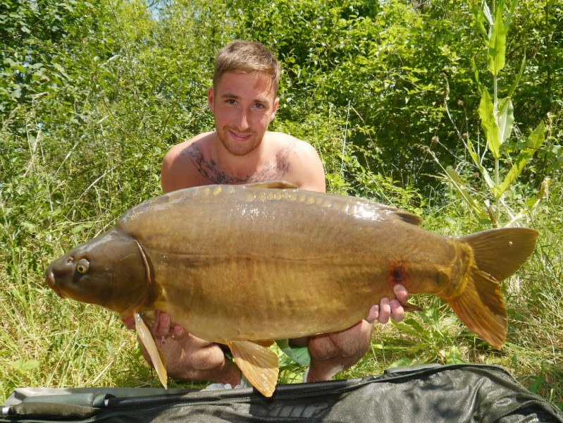 Josh Cook, 37lb, Co's Point, 14.6.14