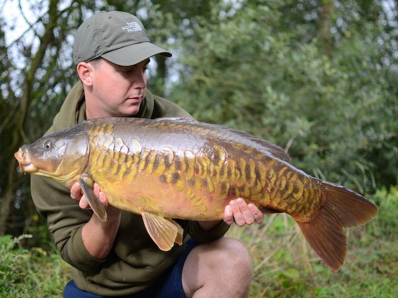 Ian with a very scaly Gigantica mirror