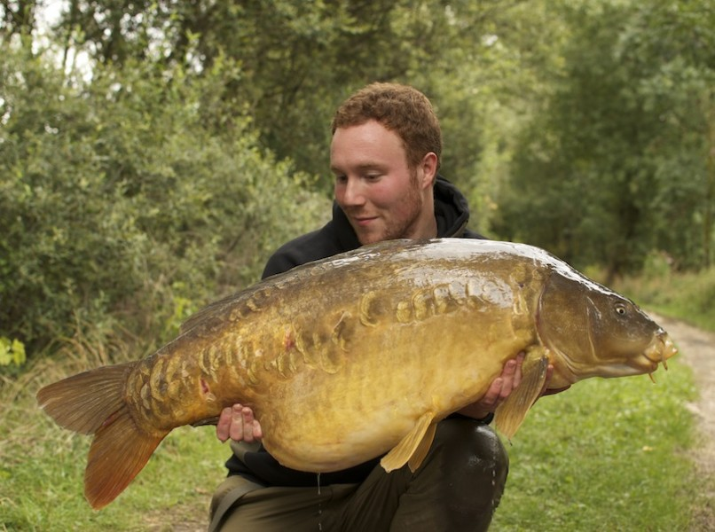 James with White Lines at 48lb 12oz