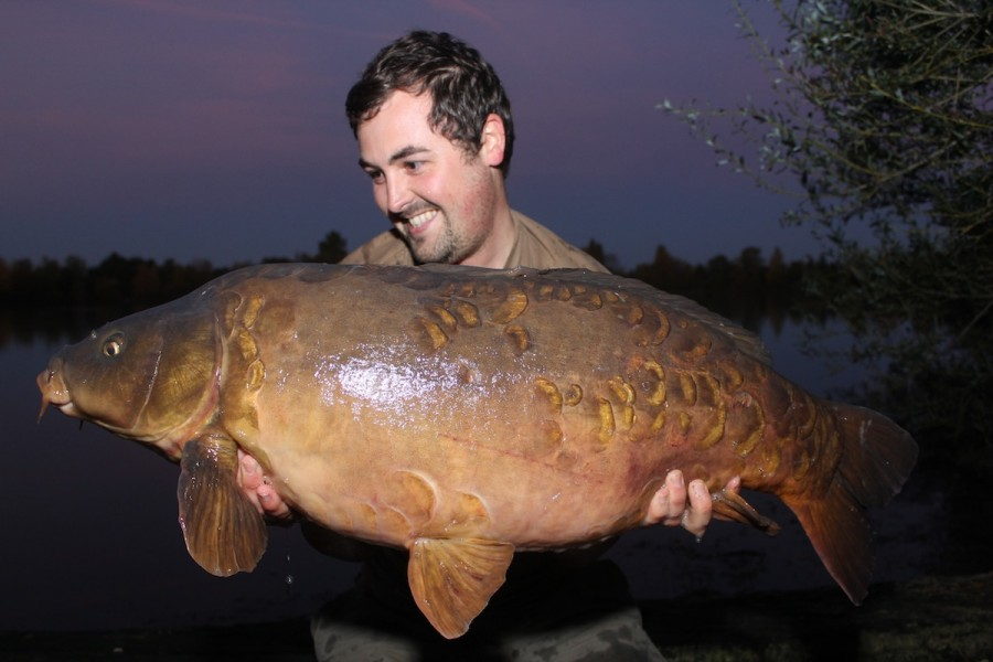 Chris with a 28.00lb mirror