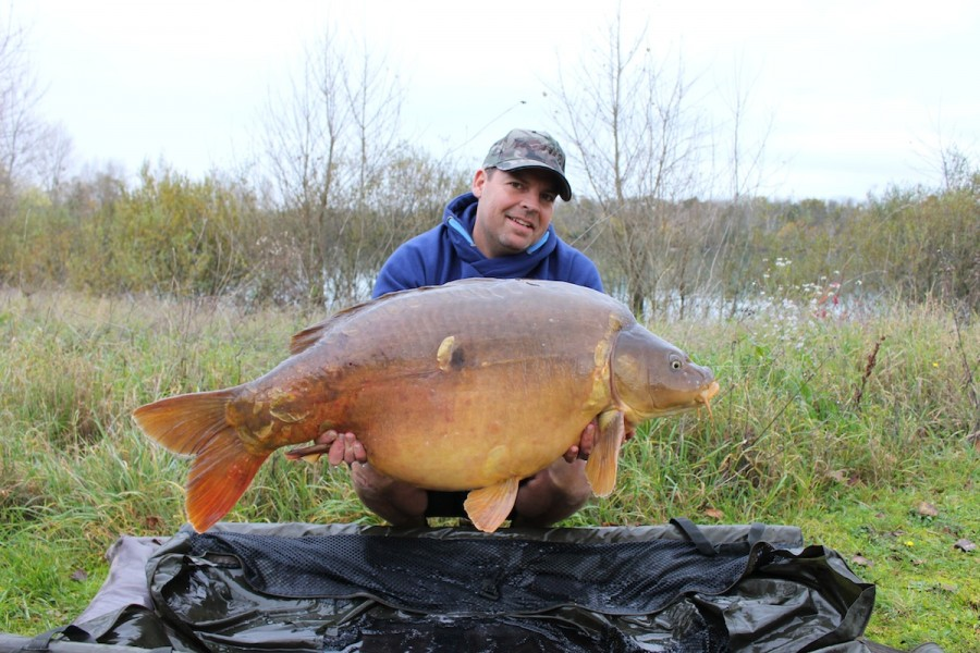 Buzz with Baby single scale at 46.8lbs