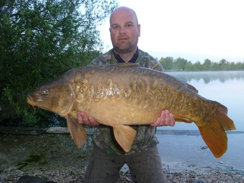 A scaly 29.00lb mirror for Andy