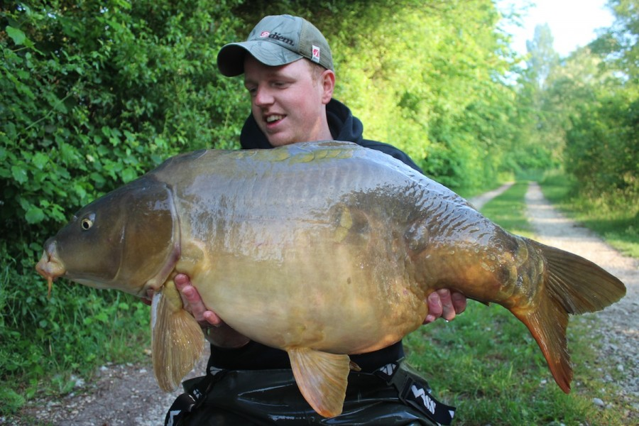 Alex Furnell, 36lb 8oz, Treeline, 23.5.15
