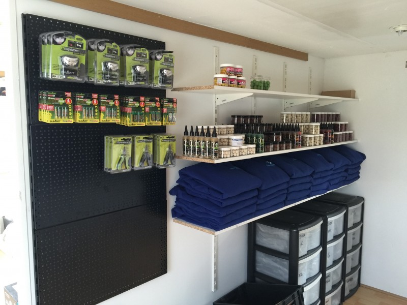 New Gigantica shop