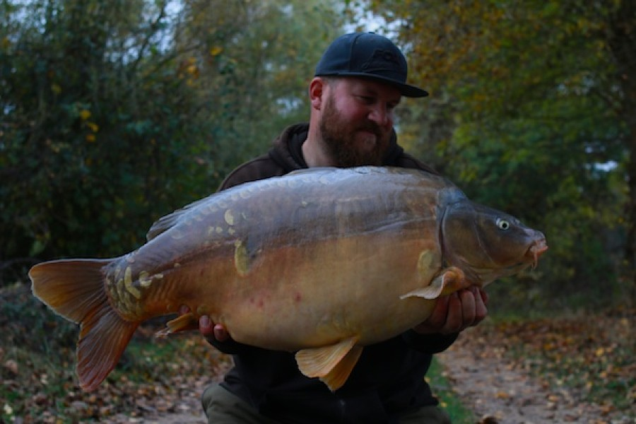 Anders Frank with The Face at 46lb 6oz from Oblivion in October 2016
