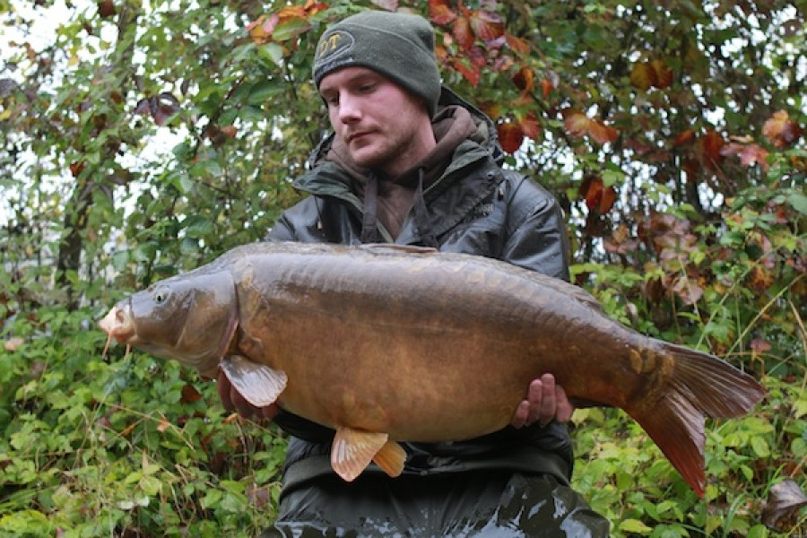 Peder Lichtenberg with a 29lb 6oz Mirror from Alcatraz in October 2016
