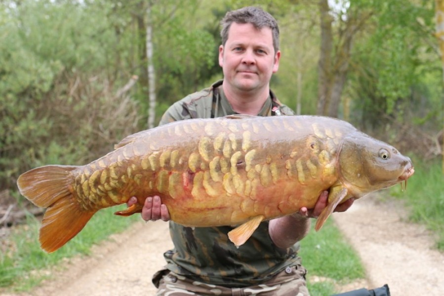 John Hardy with Epicano at 31lb 8oz from The Stink 22.4.17