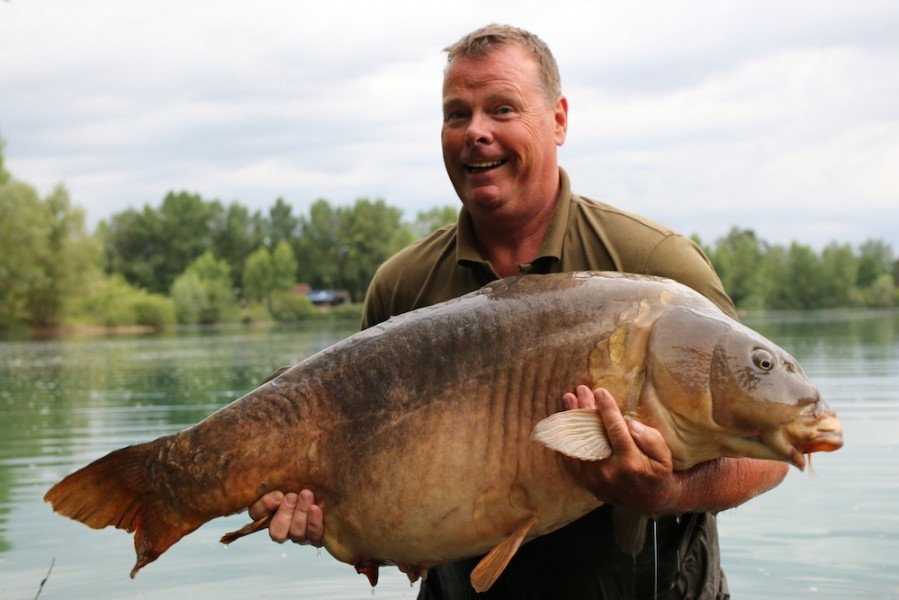 Dave Anderson with Mr Angry at 56lb from Oblivion 24.6.17
