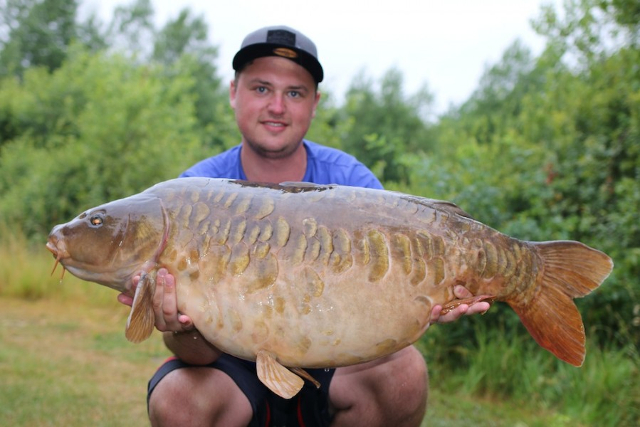 Daniel Schmitz with The Cheese at 45lb 8oz from Alcatraz 24.6.17