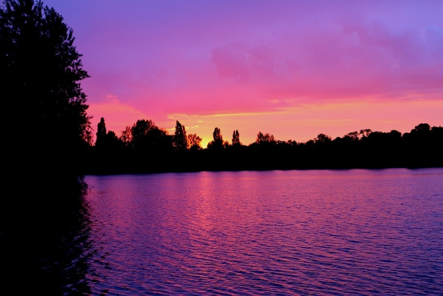 We have some amazing sunset's at Gigantica....simply breathtaking!