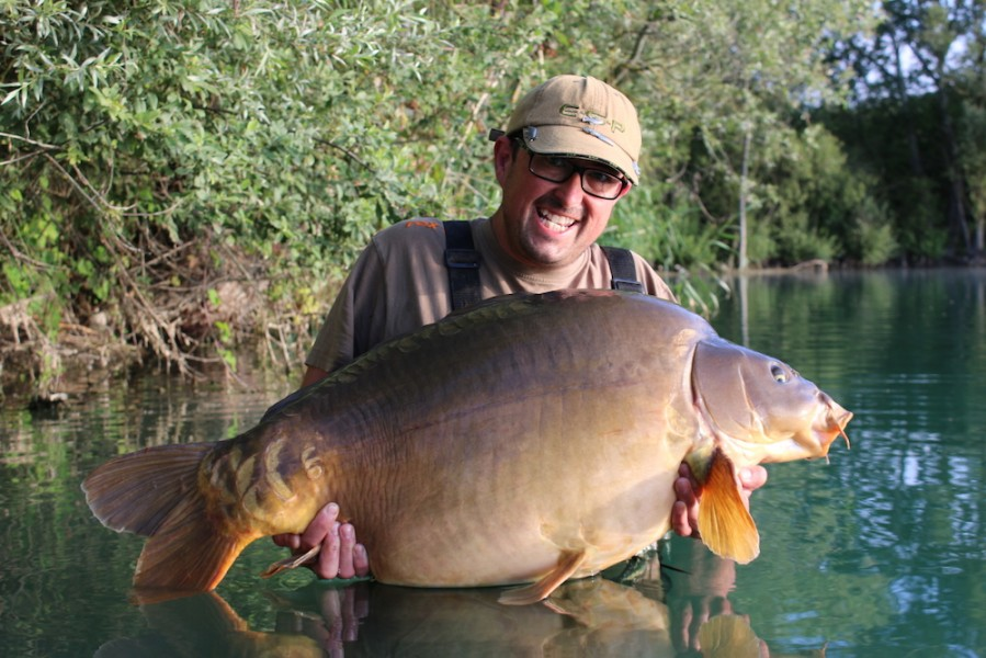 Anthony Peverill with Clarky's at 48lb from The Tree line 22.7.17
