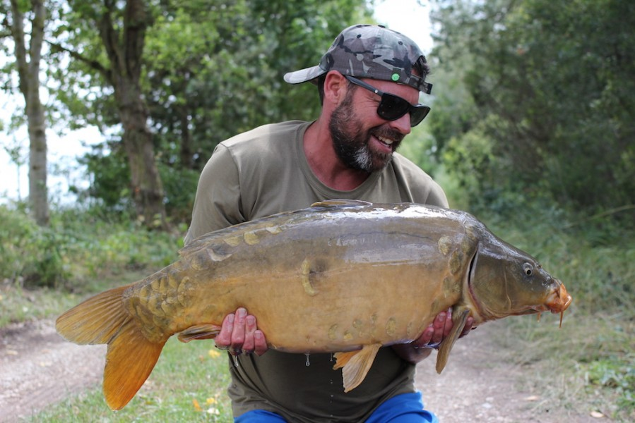 Buzz with George's Pride at 27lb8oz from Oblivion 22.7.17