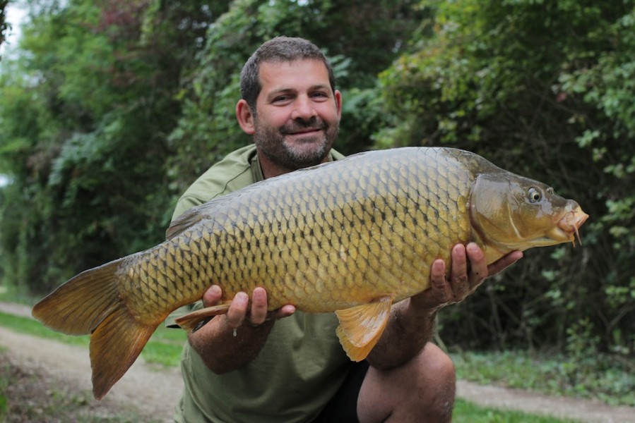 Trevor with his well deserved 23lb common