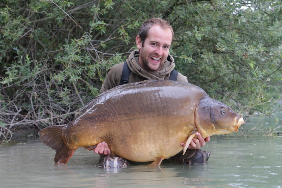 A very happy Tom Collingwood with Fudgy's at 78lb, 10/08/17