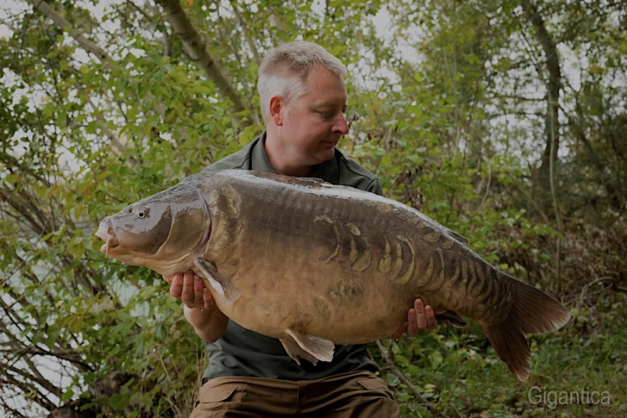 Paul Wyatt, 44lb, Big Southerly, 16.9.17