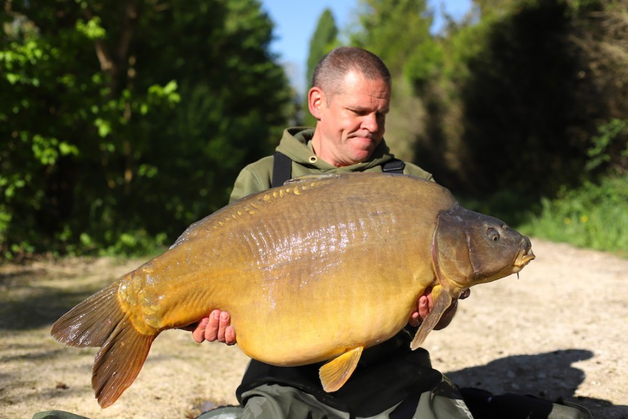 Tony Ritter, 45lb 8oz, Co's Point, 21.4.18