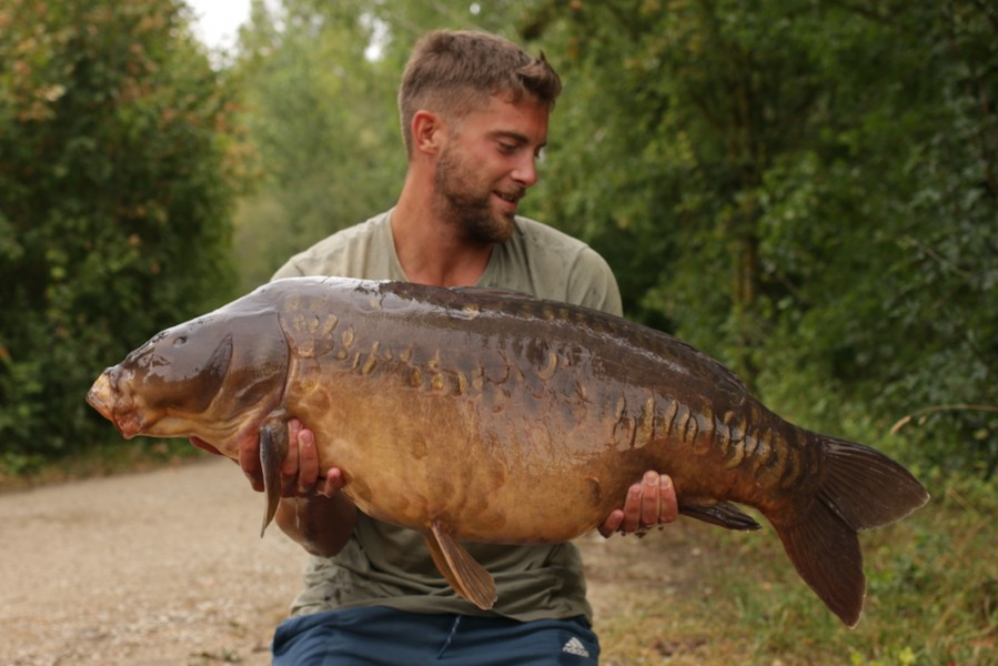 Steve Reeves, 44lb 4oz, Co's Point, 4.8.18