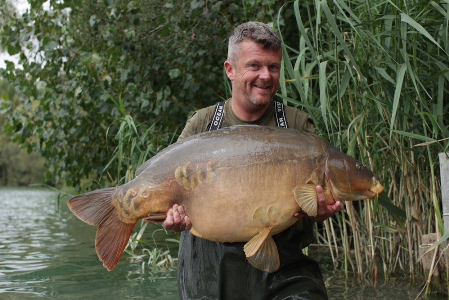 Baby Cluster 54lb 4oz Barry Lonsdale Alamo 18.8.18