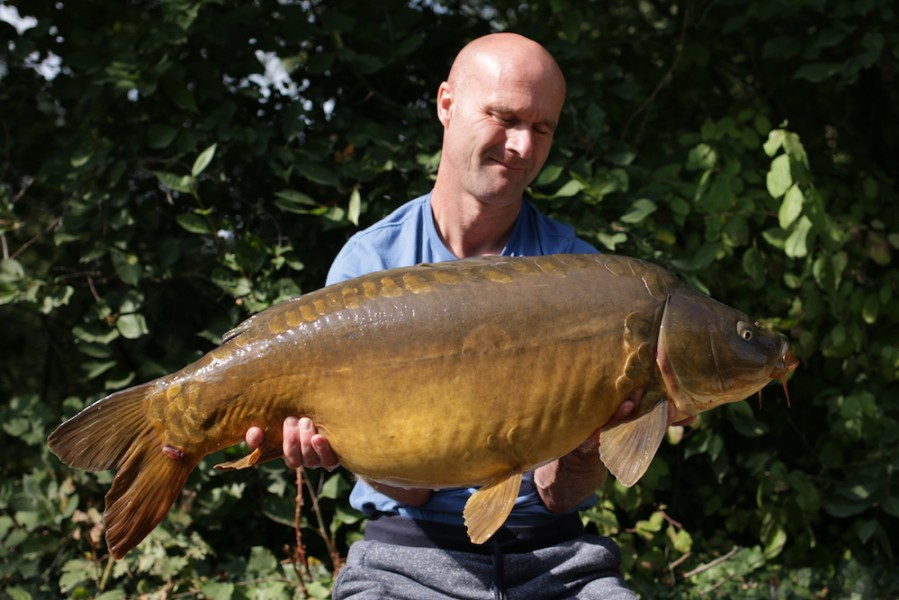 Nick Carter, 27lb, Bob's Beach, 25.8.18