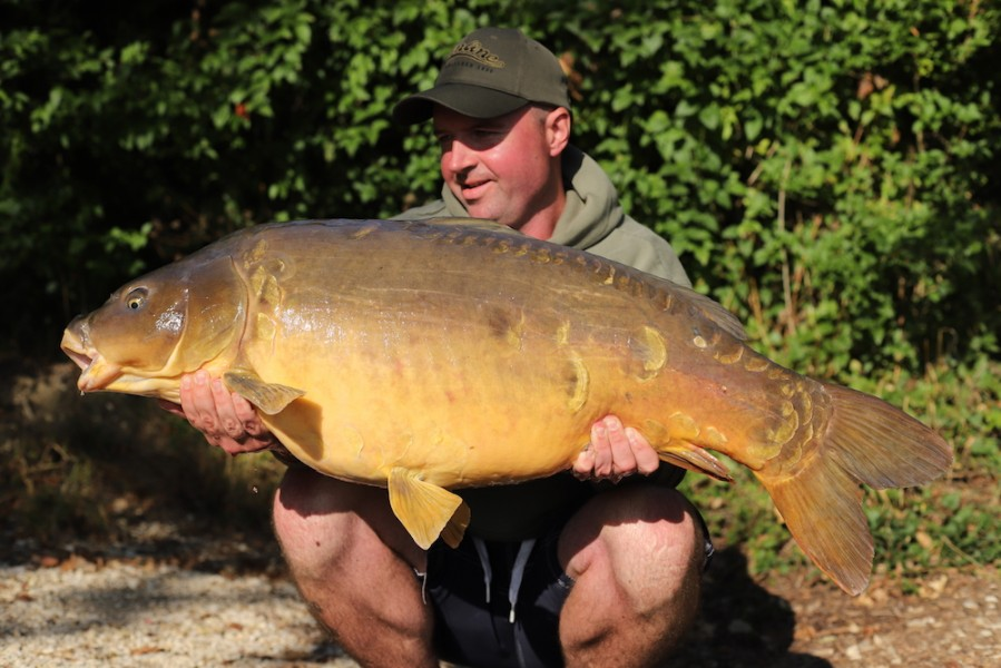 Russell Paget, 45lb, Bob's Beach, 8.9.18