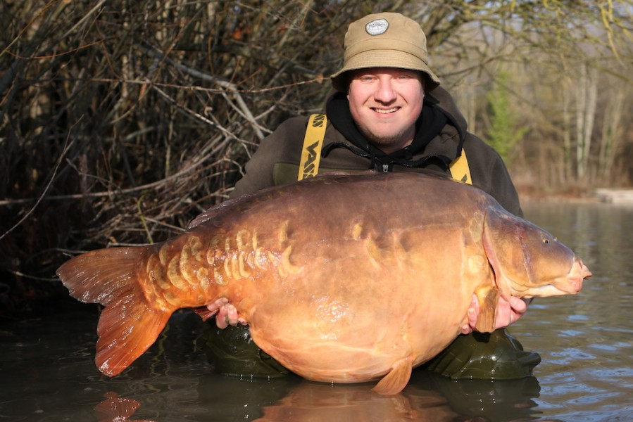 Steve Bartlett with Northern Scaley at 80lb from Co's Point, 22.12.18