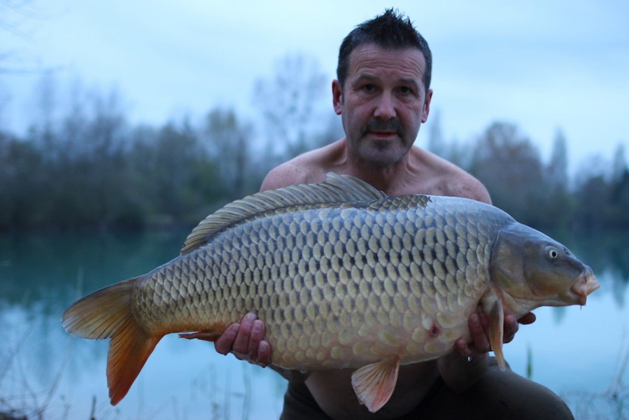 Paul Gilbank with Long spot at 28lb 8oz Alcatraz 6.4.2019